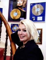 The worldwide Kim Wilde discography